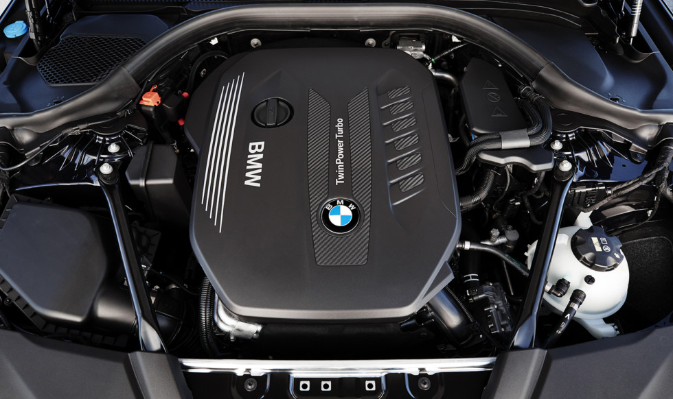 P90237283_highRes_the-new-bmw-5-series
