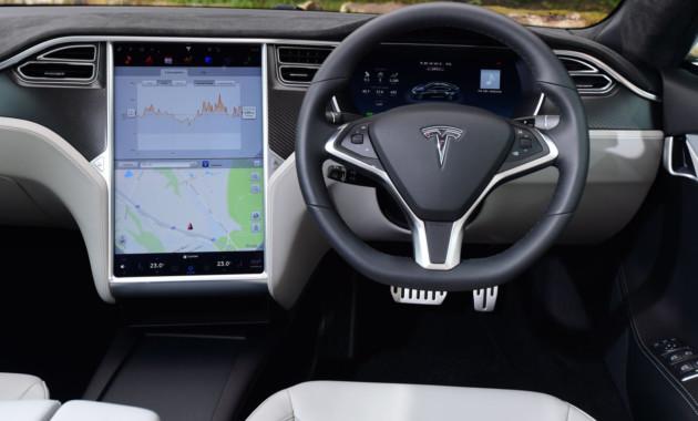 Tesla оснастит свои автомобили новейшей системой автопилота