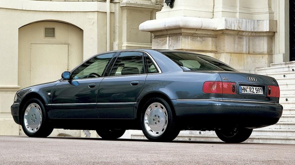 На фото: Audi A8 (D2) '1999–2002