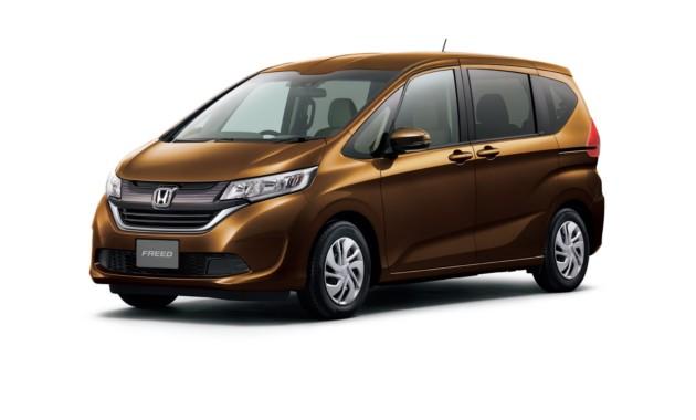 Honda Freed стал бестселлером вЯпонии