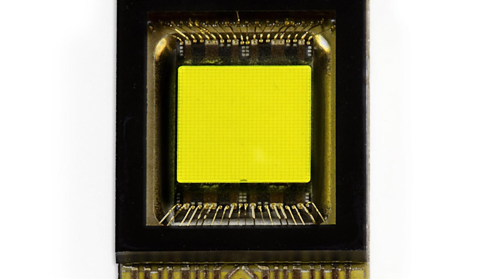 DaimlerAG представил новейшую светодиодную матрицу