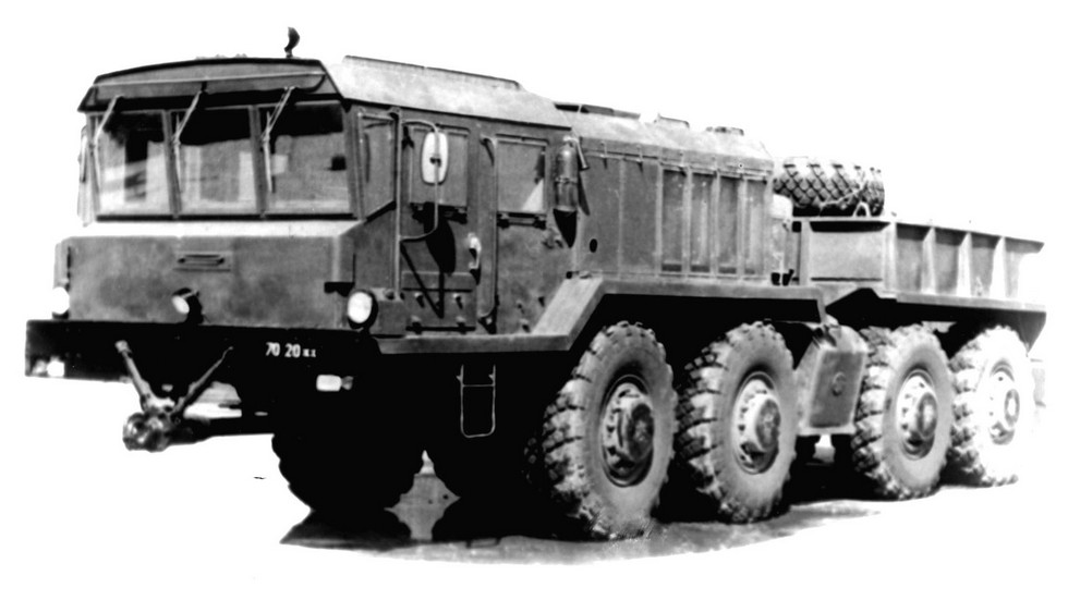 Балластный КЗКТ-74282 со сварной передней облицовкой. 1989 год (из архива НИИЦ АТ)