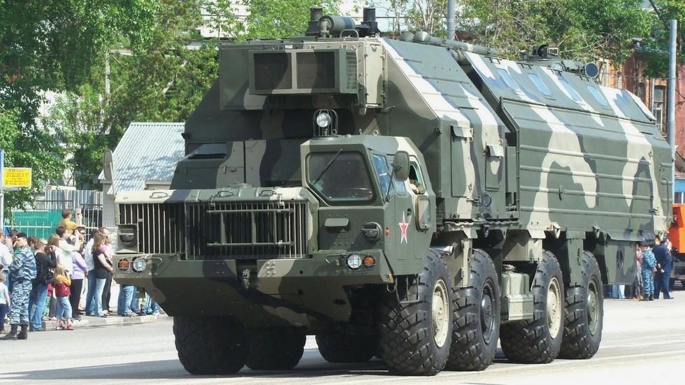 МАЗ - 543, «ураган» огромные военные машины, потрясающие воображение