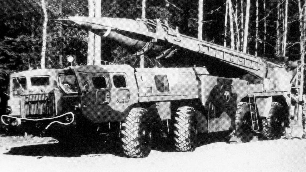 Экспортная пусковая установка 9П117М1-1 в Народной армии ГДР