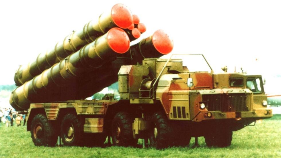 Пусковая установка 5П85СЕ2 зенитного комплекса С-300ПМУ-2 «Фаворит» (из архива СКБ-1 МАЗ)