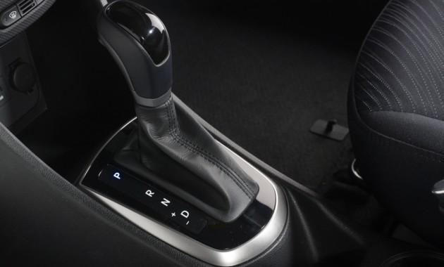 ВРФ уменьшился спрос наавтомобили савтоматической КПП
