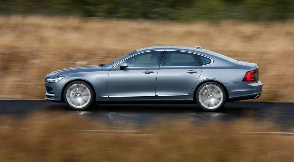 ВСША назван список финалистов конкурса «Автомобиль года 2017»