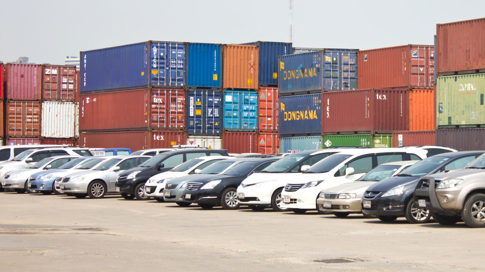 Импорт товаров в Российскую Федерацию всередине осени уменьшился на1%