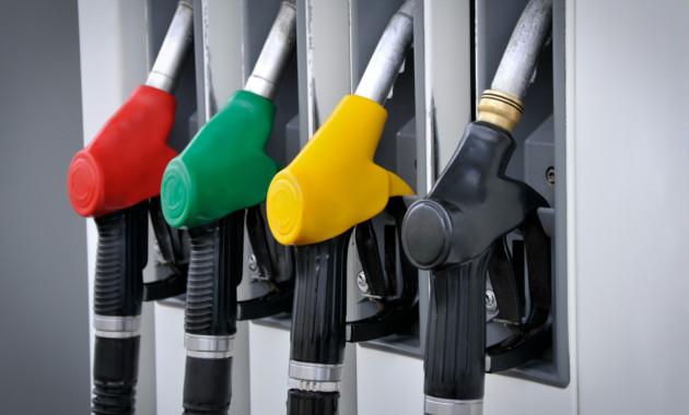 Росстат: Цены набензин вРФ стабильны 5 недель подряд
