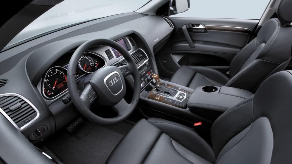 На фото: Интерьер Audi Q7 4.2 quattro (4L) '2005–09