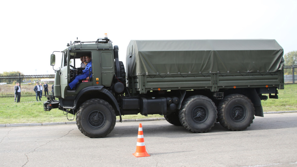 На фото: прототип беспилотного КАМАЗа