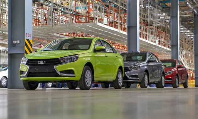 Сначала продаж в России было продано 49 тысяч седанов lada Vesta
