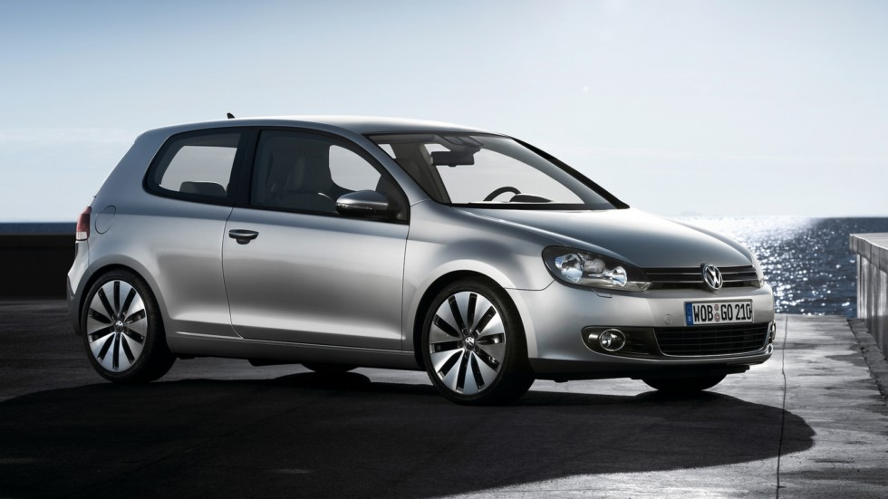 На фото: Volkswagen Golf 3-door (Typ 5K) '2008–12