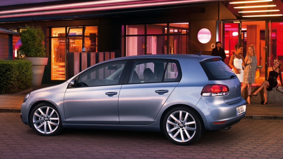 На фото: Volkswagen Golf 5-door (Typ 5K) '2008–12