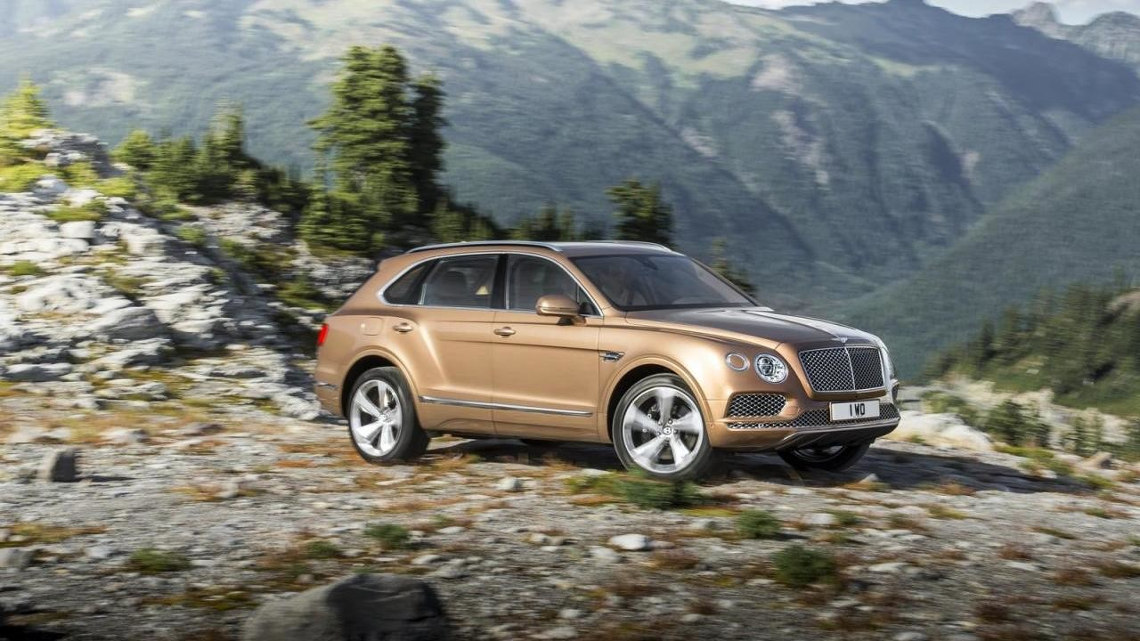 Продажи новых люксовых авто падают в Российской Федерации третий месяц подряд