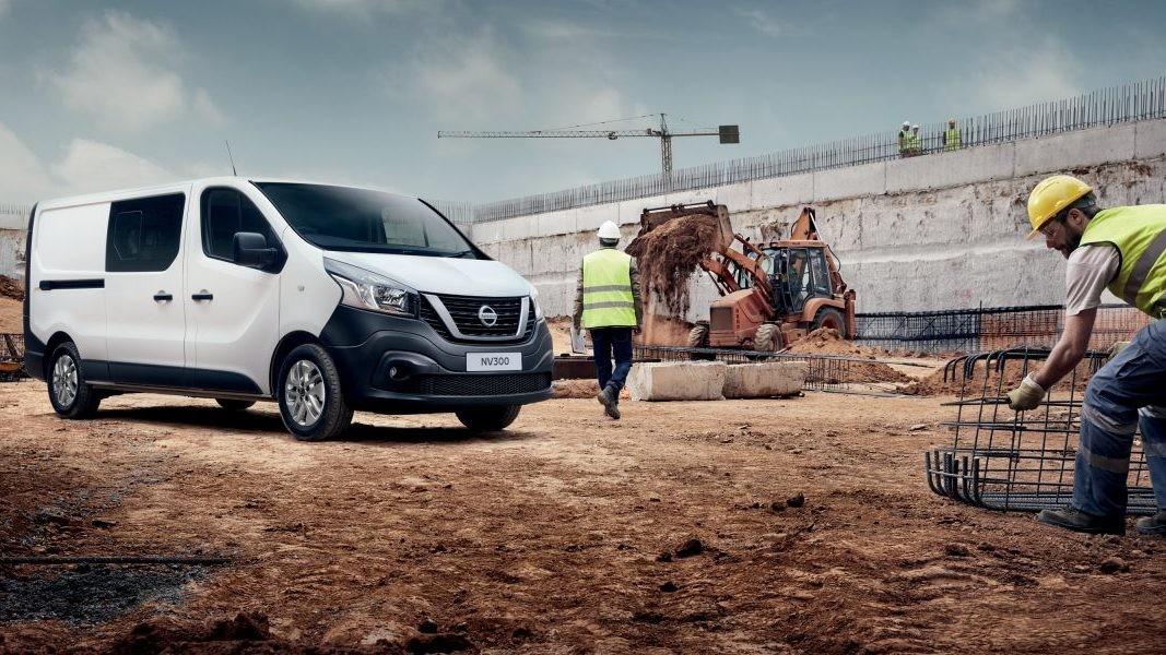 Nissan опубликовал цены нановый фургон NV300