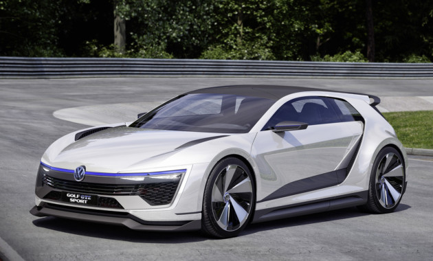 VW пригласил всех намировую премьеру нового Golf
