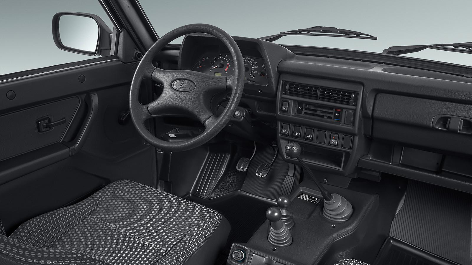 Вседорожный автомобиль Лада 4X4 вбитопливной версии будет представлен в 2017г.