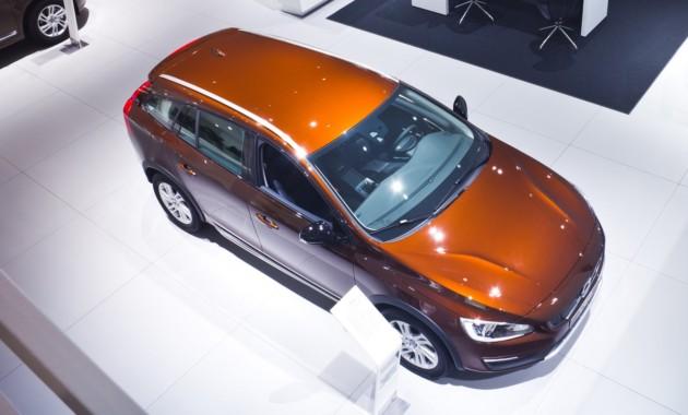 28ДекПод конец года 10 марок изменили цены на автомобили в России