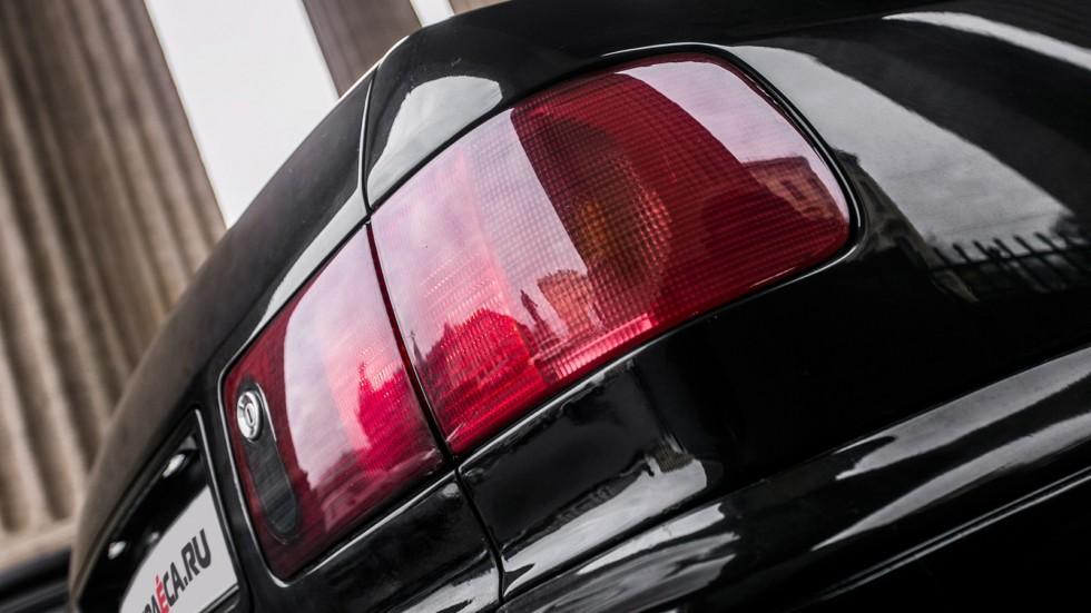 Audi-A8-(41)