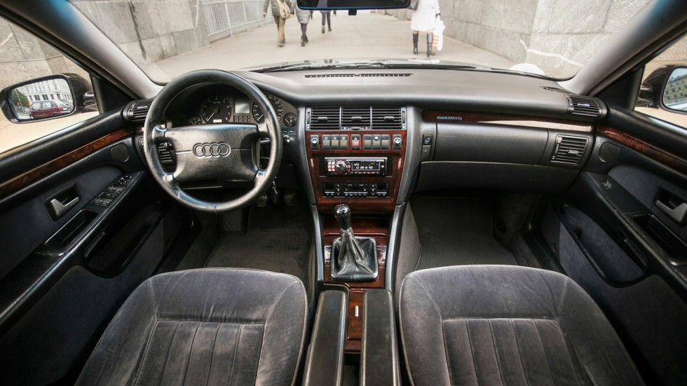 Audi-A8-(54)