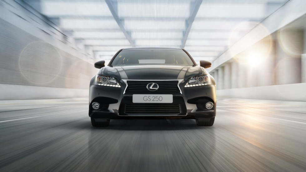 На фото: Lexus GS '2012–15