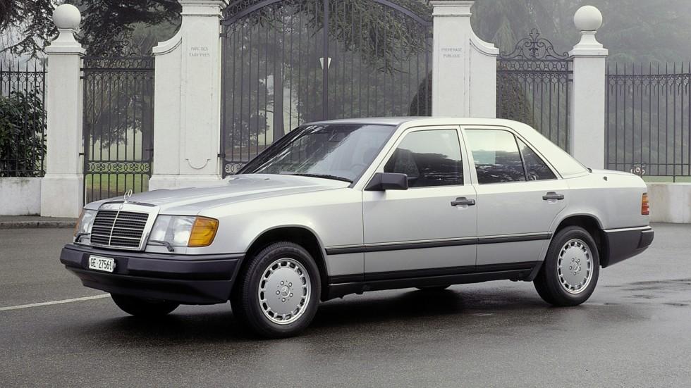 На фото: Mercedes-Benz (W124) '1985–1992