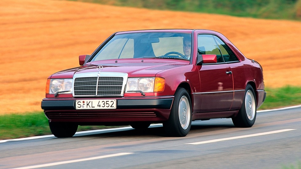На фото: Mercedes-Benz 300 СE-24 (C124) '1989–1992