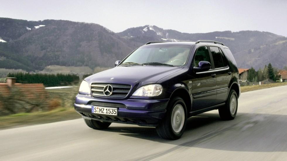 На фото: Mercedes-Benz M-Klasse (W163) '1997–2001