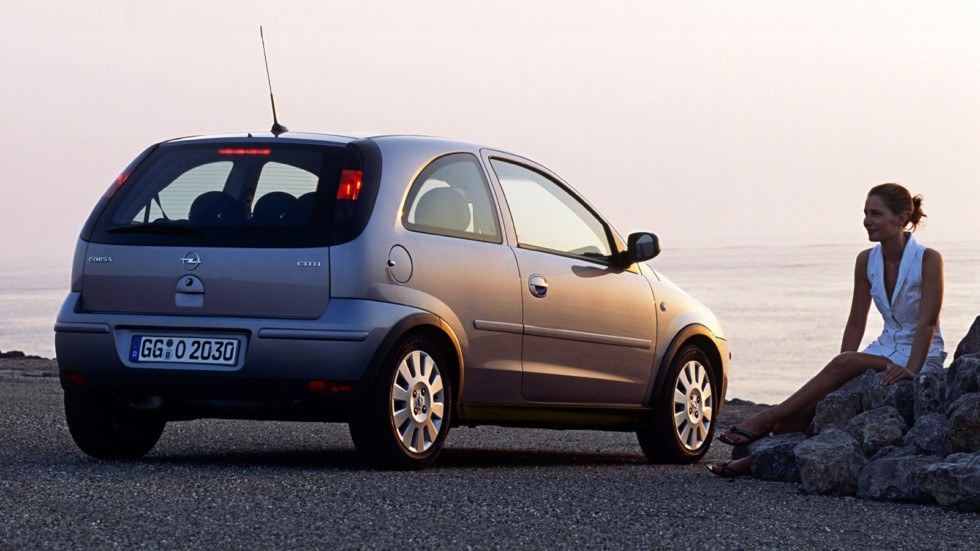 На фото: Opel Corsa 3-door (C) '2003–06