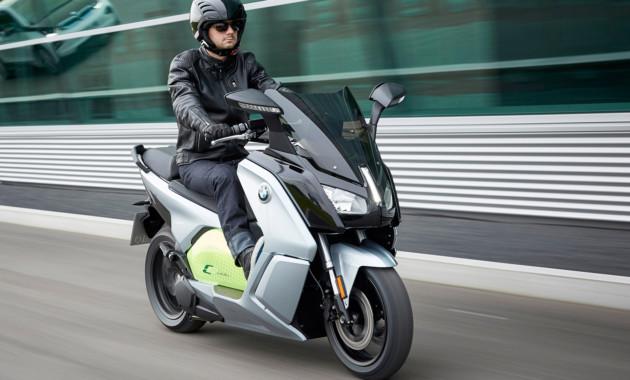 BMW Motorrad назвала цену на макси-скутер C evolution для России