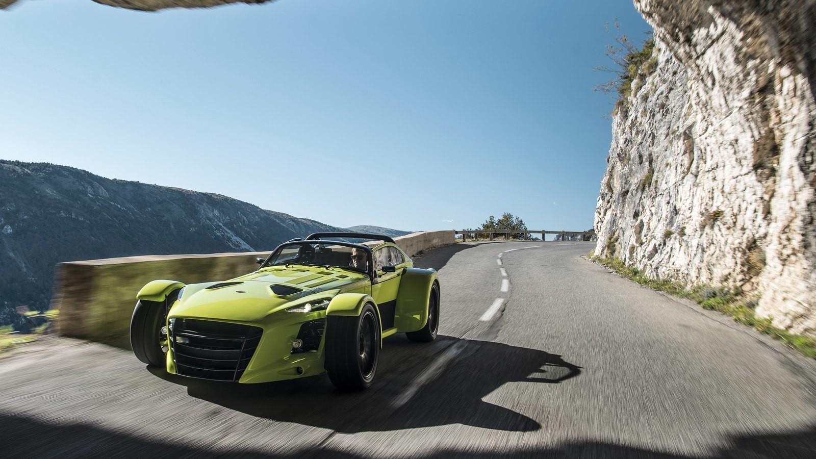 Donkervoort представил новые версии спорткара D8 GTO