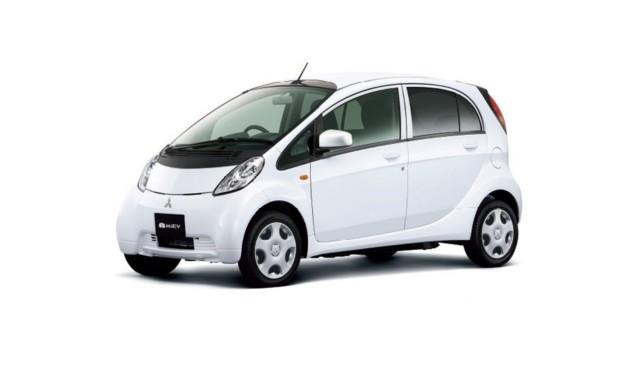 ВЯпонии представили улучшенный электрокар Митцубиши i-MiEV