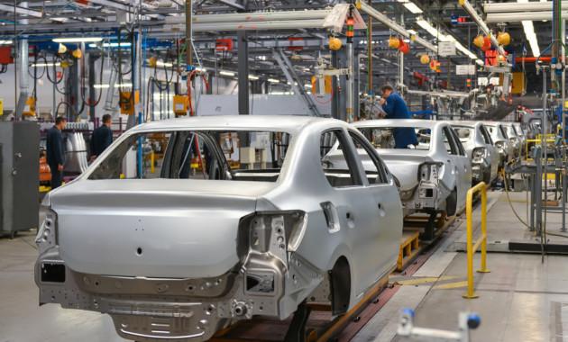 Производство легковых автомобилей в РФ заянварь-ноябрь снизилось практически на9%