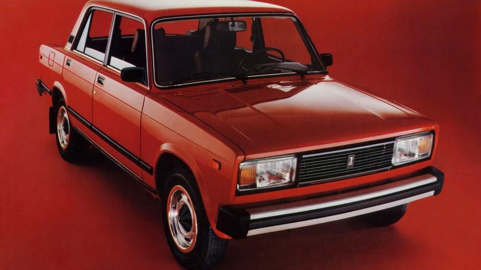 Lada Signet (ВАЗ-2105) выглядела современнее «шестёрки»