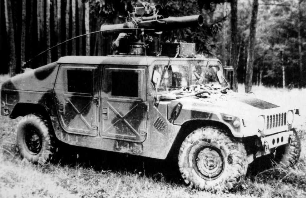 Транспортер вооружения HMMWV М966 с противотанковой системой TOW