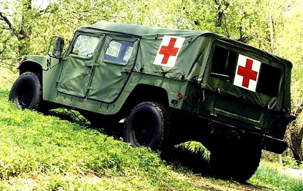 Упрощенный войсковой тентованный санитарный автомобиль M1035