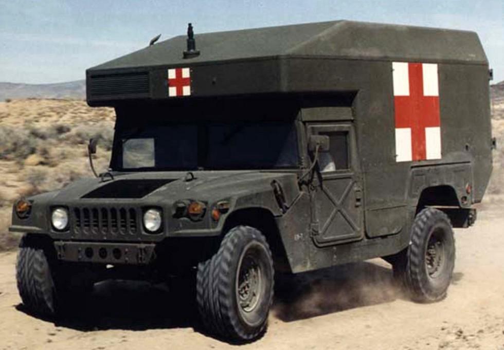 Войсковой санитарный автомобиль M997 с отапливаемым кузовом «макси»