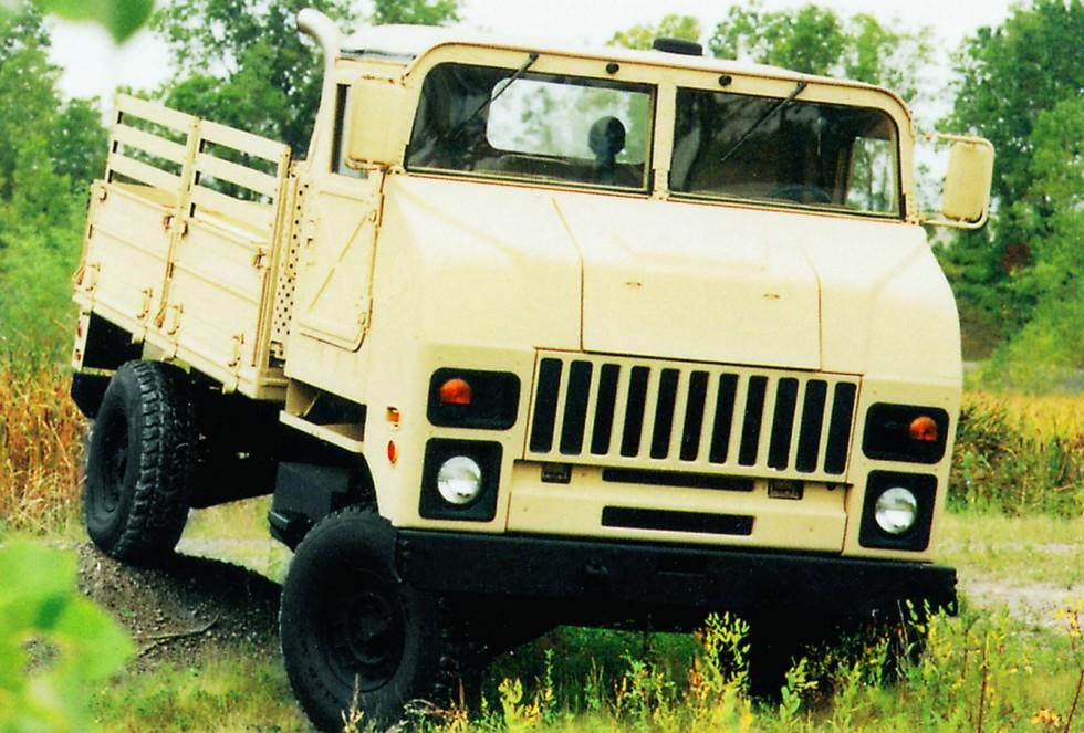 Легкий 2,5-тонный бортовой автомобиль COHHV на шасси М1097А2