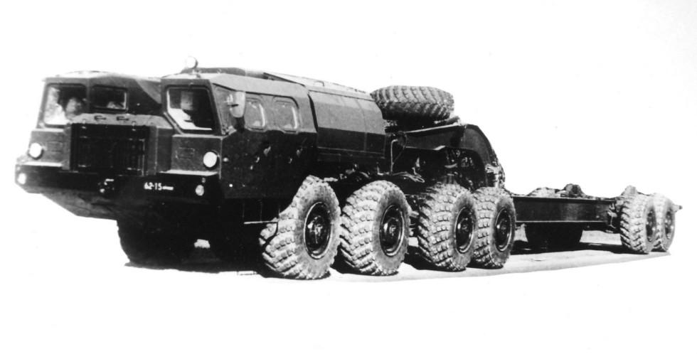 Опытный 30-тонный активный автопоезд МАЗ-7410-9988 «Оплот-Б»