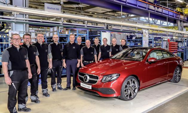 Мерседес приступил ксерийному выпуску E-Class Coupe— Член семейства