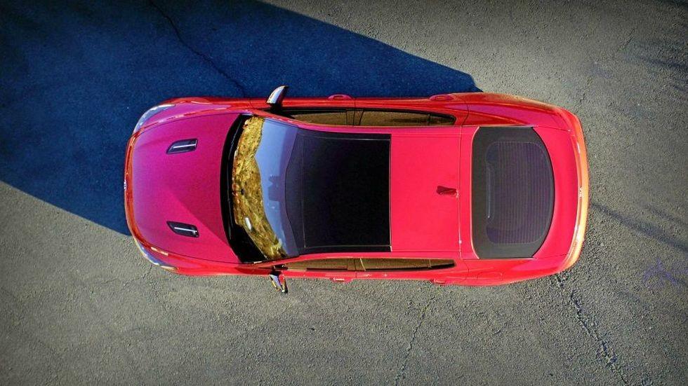 Компания Кия показала модель StingerGT доофициальной премьеры вДетройте