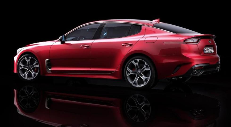 Kia Stinger GT показался до официального дебюта