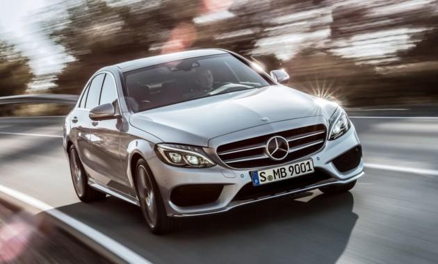 Benz вследующем году сохранил лидерство среди премиум-марок в РФ