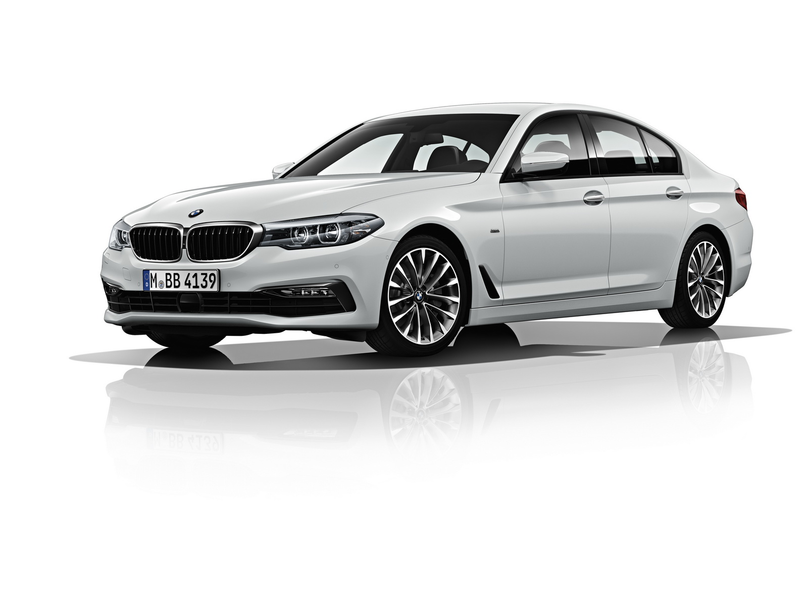 segmentation and targeting of bmw 5 series Bmw 3 series brand covers the brand analysis in terms of swot, stp and competition along with the above analysis, segmentation, target group and positioning the tagline, slogan & usp are covered.