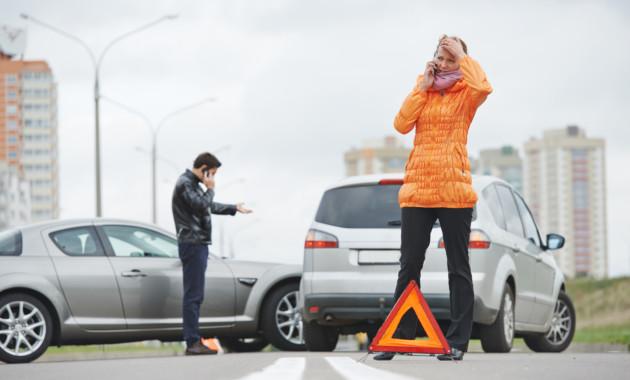 Автостраховщики подсчитали вред отмошенничества всфере ОСАГО вследующем году