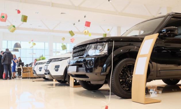 Продажи новых авто в Российской Федерации уменьшились в прошлом году на11%
