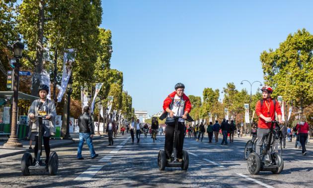 «Союз пешеходов» считает опасным поездки нагироскутерах потротуарам