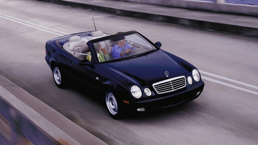 На фото: Mercedes-Benz CLK 320 Cabrio (A208) '1998–2002