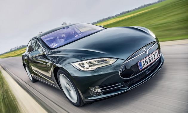 Автопилот Tesla Model S «оправдан» после смертоносного ДТП